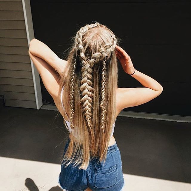 Straight hair with braids